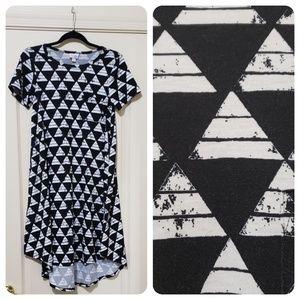 Lularoe Dress Carly XXS black and white